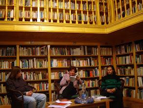 Photo: Pásty Júlia írónő napló-regényéből olvas fel részleteket (Jusztin Harsona: Naplómmal kettesben).