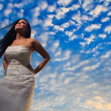Wedding photographer Luis Guarache (luisguarache). Photo of 02.12.2014
