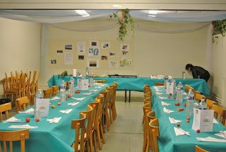 Photo: La salle est transformée grâce aux mains de fées des Couventines aidées de quelques maris