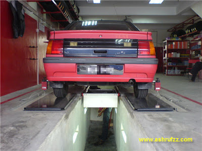 The wheel alignment pit
