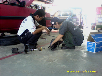 Replacing my old shock absorber