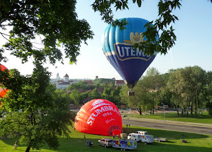 Photo: Five hot air balloons were at the park for people to see the city and countryside.  It cost over $200 to ride - I didn't rise to the occasion.