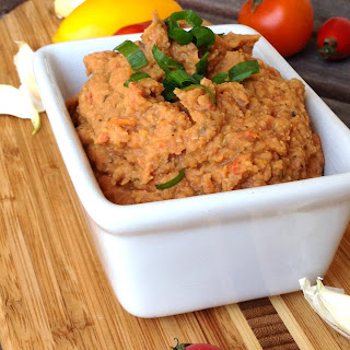 Marinated and Roasted Tomato Garlic Hummus (oil-free).
