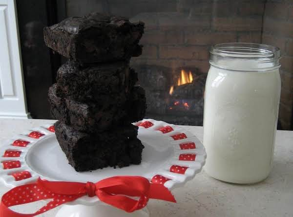 Fudgey And Cakey Brownies! Recipe