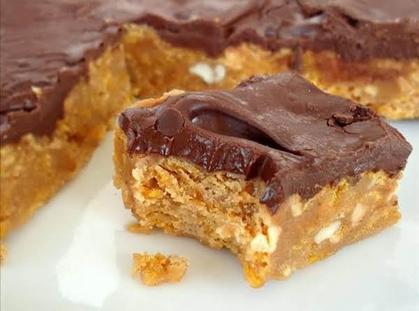 No Bake Chocolate, Peanut Butter Corn Flake Bars