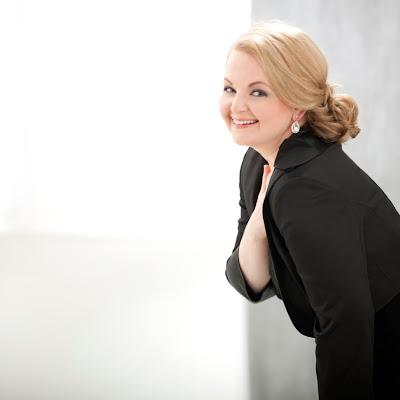 Talking with singers: Elizabeth DeShong