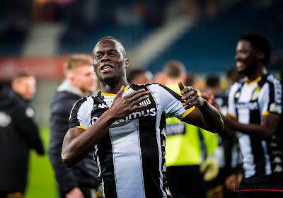 """""""We blijven verbazen"""": Mamadou Fall ziet Charleroi naderen tot een punt van AA Gent"""