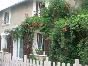 maison à Palisse (19)