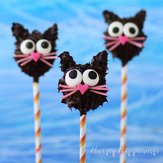 Halloween Treats - Peanut Butter Fudge Filled Black Cat Pops