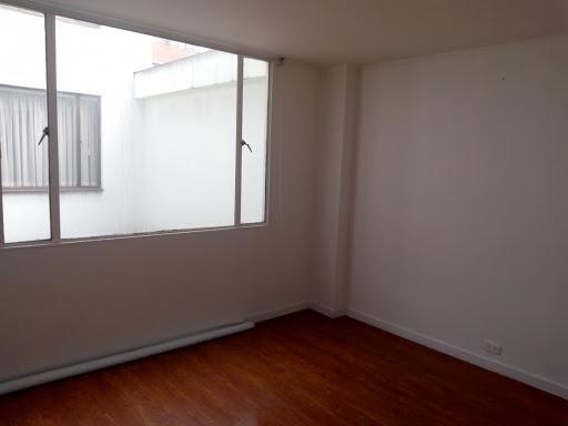 Apartamento en Venta - Bogota, Santa Barbara 642-4670