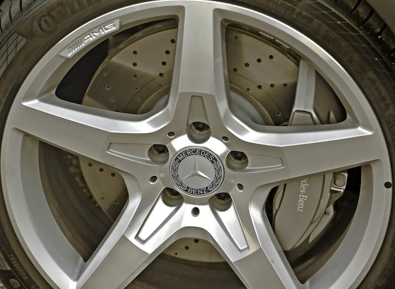 Photo: The 2013 SL550 in Matte-finish Shadow Grey Metallic