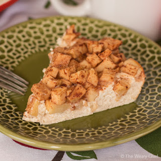 Crustless Apple Cinnamon Cheesecake