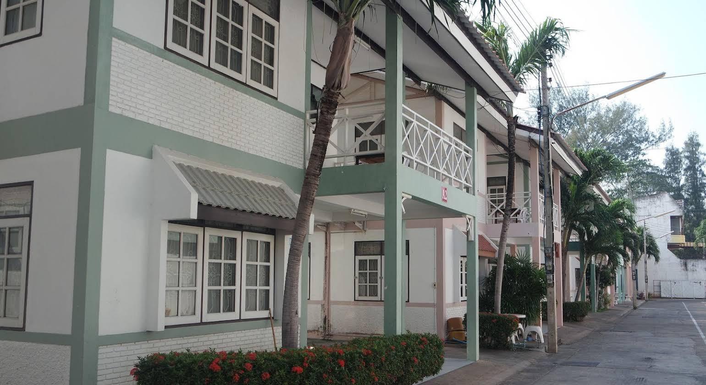 Paisiri Hotel