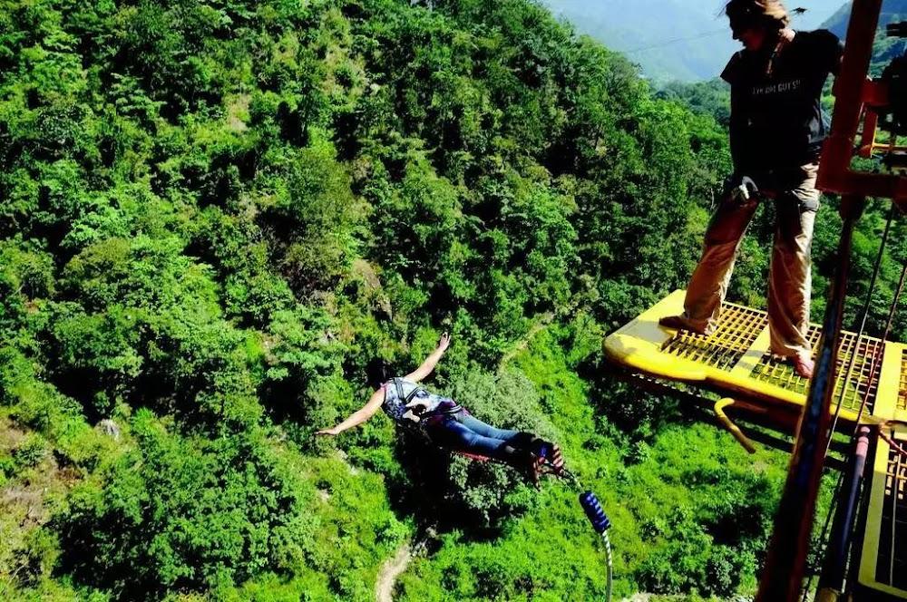 15-extreme-sports-destination-india-Bungee-Jumping-Rishikesh-image