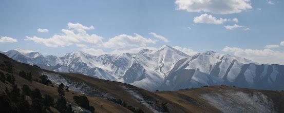 Photo: Abshir, Aktash Pass (Abshir-Malyaran), october, Nichkesu mountains far (W)