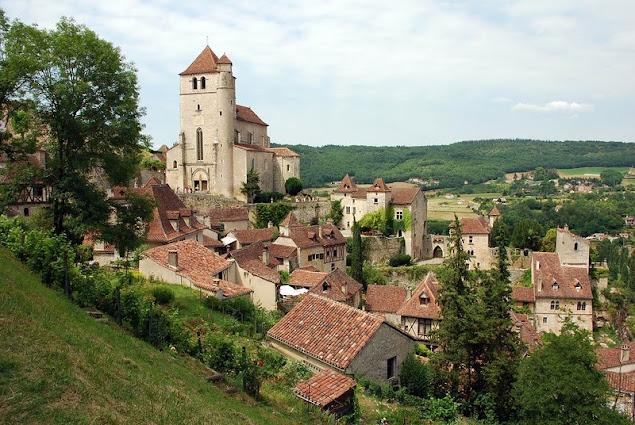 Saint-Cirq-Lapopie (Сен-Сирк-Лапопи), Миди-Пиренеи, Франция