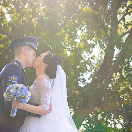 Wedding photographer Ekaterina Komlik (lisicia). Photo of 16.02.2017