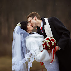 Wedding photographer Pavel Kosukhin (Pakos31). Photo of 19.02.2014