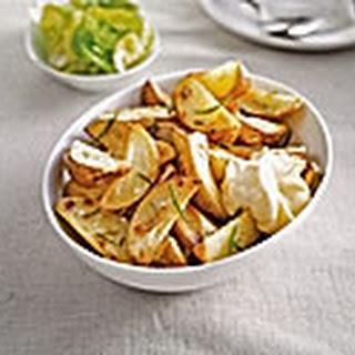 Gebakken Aardappelpartjes Met Rozemarijn En Mayonaise