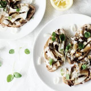 Trumpet Mushroom Crostini [Vegan].