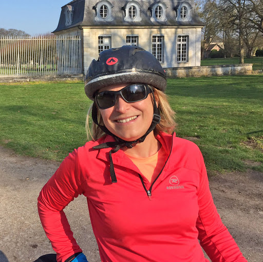 Sibylle participe au rallye cyclo Lille-Hardelot pour soutenir L'Arche au Bangladesh