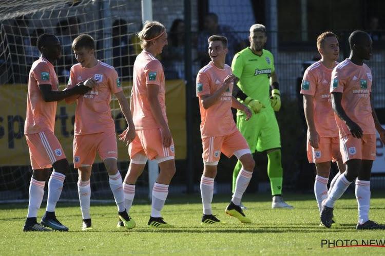 Zelf wil hij niet, maar: 'Aanvaller volgend jaar opnieuw bij Anderlecht'