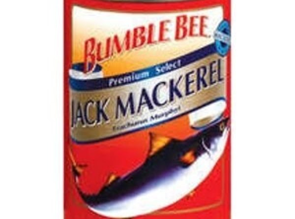 In a small/medium sized mixing bowl, empty can of Jack Mackerel (including canning broth)...