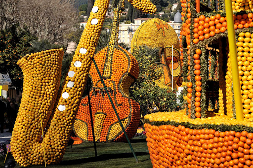 France-Fete-du-Citron.jpg - Lemon Fest transforms the streets of Menton, France, each winter.