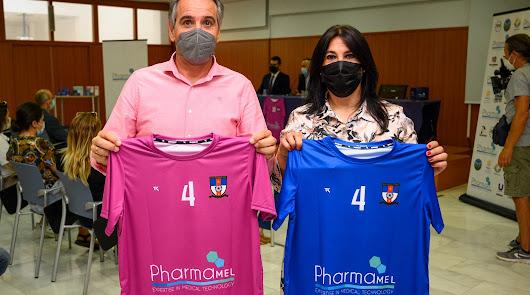 Apoyo al primer equipo de fútbol playa femenino