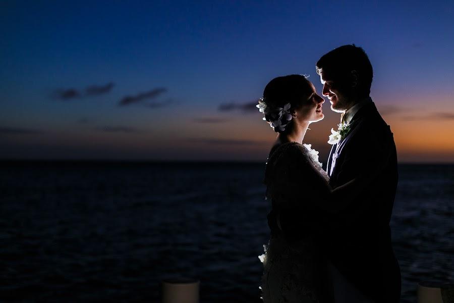 Wedding photographer Victor Rodriguez urosa (victormanuel22). Photo of 27.09.2017