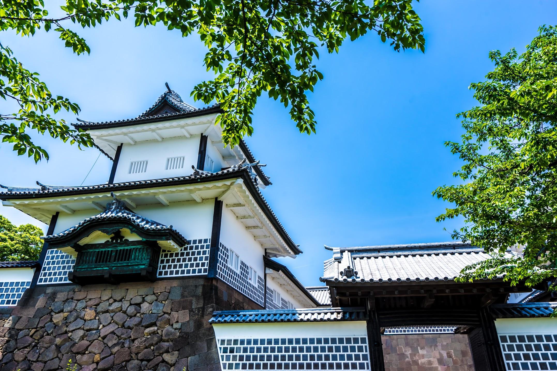 金沢城公園 石川門2
