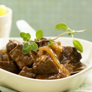 Simple Beef Goulash Stew