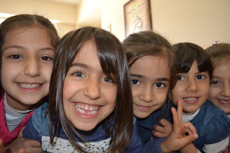 Photo: Pupils of the primary Kurdish school in Amed