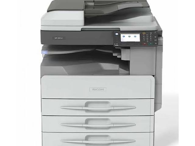 Thuê máy photocopy TPHCM giúp doanh nghiệp tiết kiệm chi phí đầu tư máy móc