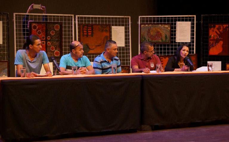Imagen POETAS DECLAMARON EN LA FERIA INTERNACIONAL DEL LIBRO 2017