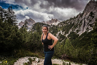 Photo: Kaitlyn on Trail 19 in Valle di Braies, Dolomiti, Italy | http://blog.kait.us/2014/06/hiking-dolomites.html