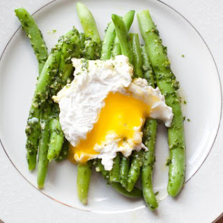 Parsley Pesto Green Beans