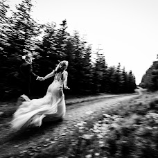 Wedding photographer Laurentiu Nica (laurentiunica). Photo of 07.09.2018