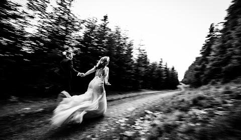 Wedding photographer Craiova (laurentiunica). Photo of 07.09.2018