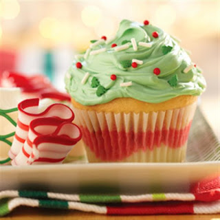 Funfetti® Color Me Holiday Cupcakes.