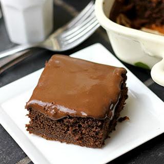 Paleo Moist Chocolate Cake With Chocolate Ganache Frosting