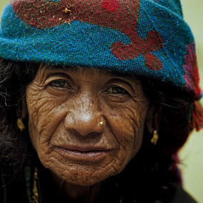 Indian Lady by Gernot Koller - People Portraits of Women