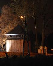 Photo: dzwonnica - pozostałość po drewnianym kościele