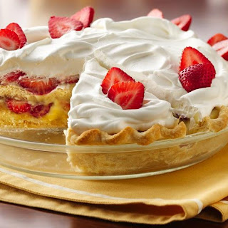 Slammin' Strawberry Shortcake Pie