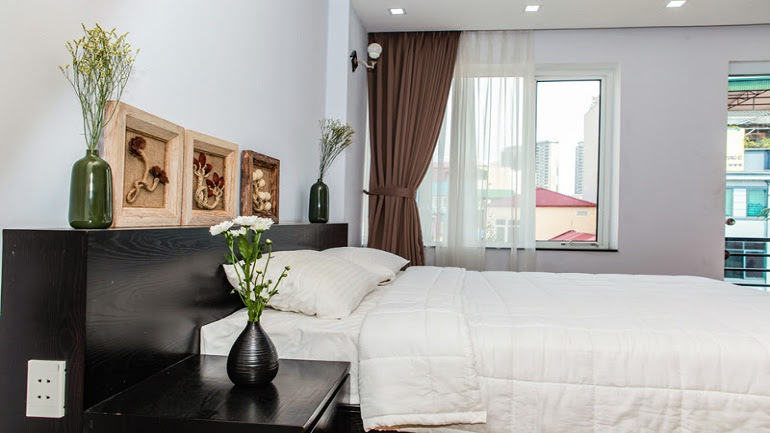 Nice studio apartment with balcony in Trung Kinh street, Cau Giay district for rent