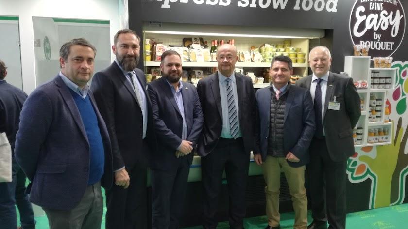 Responsables de Anecoop con los socios de la firma en la provincia de Almería.