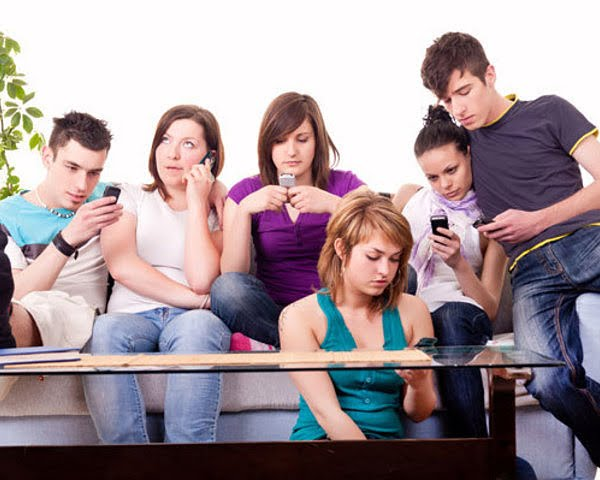 problem of teenagers using electronic d The impact of electronic communication on  statement of problem 3  show the advantages and disadvantages of using electronic communication in interpersonal.
