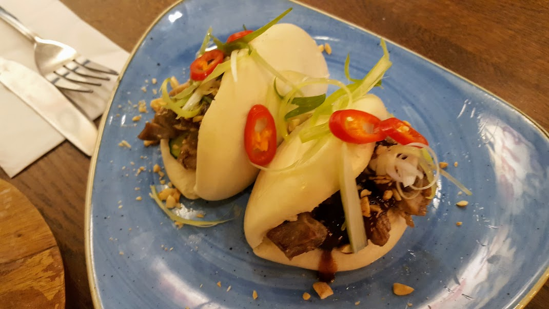Bao with shredded Duck