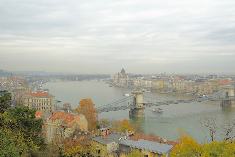 Autumnal Danube di Through_my_eyes