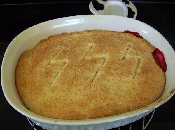 Sweet, No Sugar Mulberry Cobbler Recipe